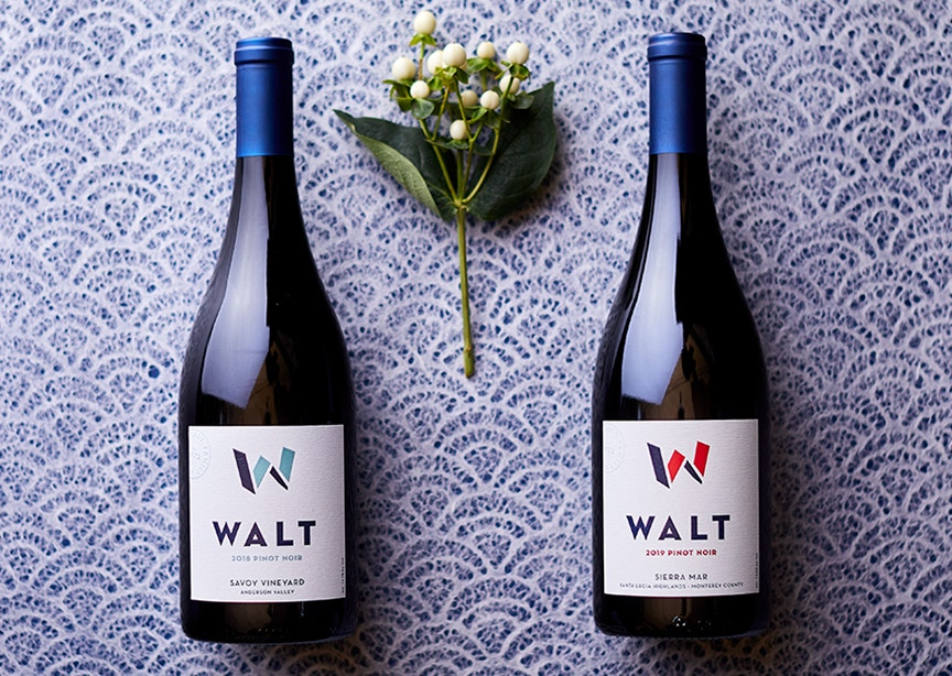 Vintners Club 4th Quarter Wines. 2018 Savoy Pinot Noir & 2019 Sierra Mar Pinot Noir bottles image