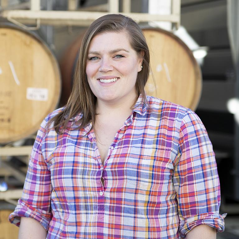 Elizabeth Keyser, Assistant Winemaker image portrait